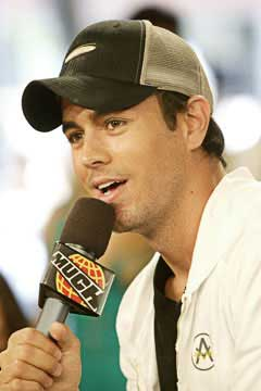 Biography Enrique Iglesias